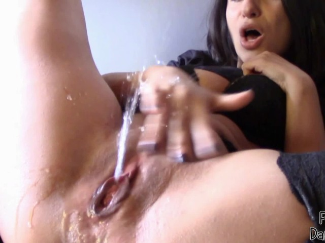 Amateur Solo First Time Squirt