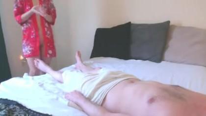Massage thailand nuru Nuru Massage