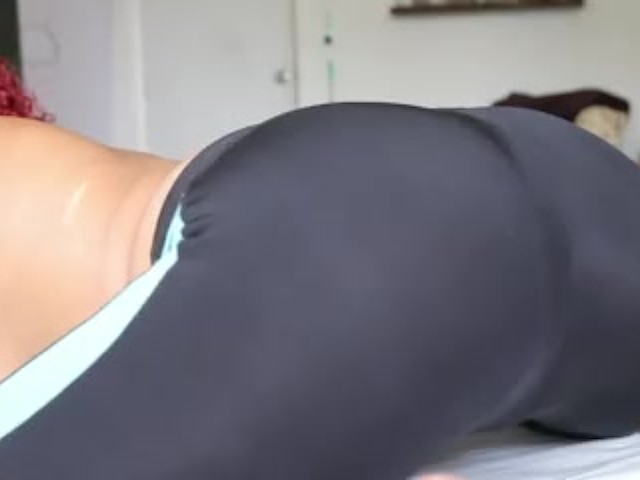 Twerking Big Ass Shaking Naked
