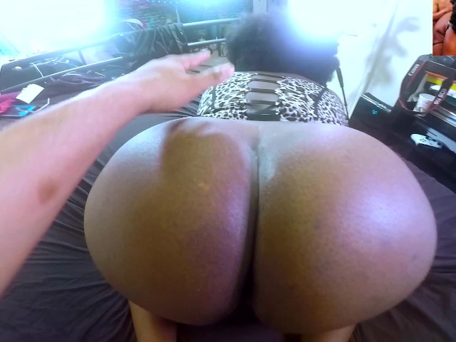 Ebony Tattoo Big Booty Riding