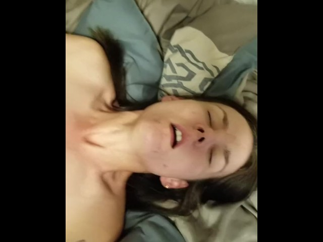 Amateur Loud Moaning Orgasm