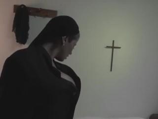 Mi primer video porno / First video of the journalist Alejandra Omaña