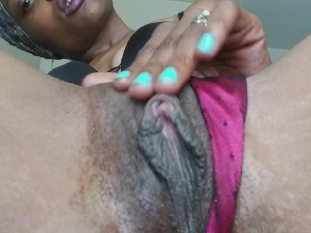 Wet Ebony Pussy Masterbation