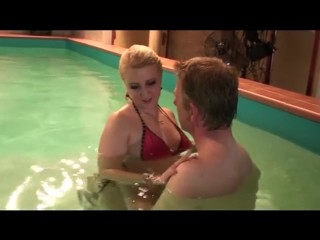 Tia seduces Dutch guy in Swimming Pool ends in Swallowing his Cum