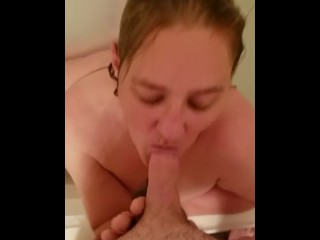 Bitch Gives Mind Blowing Blow Job and swallows cum