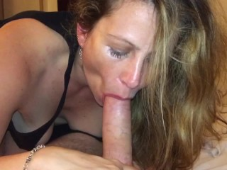 Erotic lover sucking shaft till he explodes in her oral