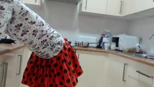 Sex and the kitchen Topless Chef Kate coconut_girl1991_080317 chaturbateREC