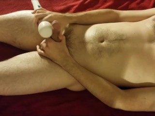 Watch me play with my Hitachi Magic Wand and then spray cum all over myself