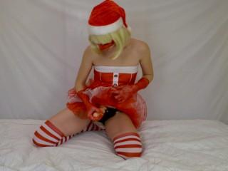 Mrs Santa Fucks guy with strapon - Xmas pegging