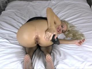 Butt plug Anal Stretching & Farting girl fetish