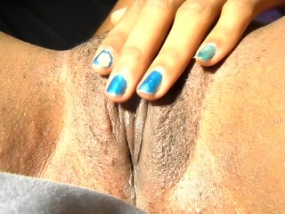 Deep Clit Vibe Solo Pink and Wet Moaning and Squirting Cum Everywhere