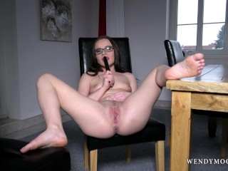 WendymoonX - Wendy Moon use dildo to make her self cum multiple times