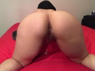 Horny amateur Muslim play with fox tail butt plug ana dildo(big ass Arab)