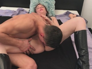 Her husband is away so she fuck with her lover - part 2 - nice creampie