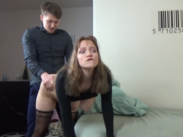 Real amateur girlfriend anal threesome