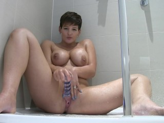 STEAMY SHOWER GLASS TOY FUCKING XXX