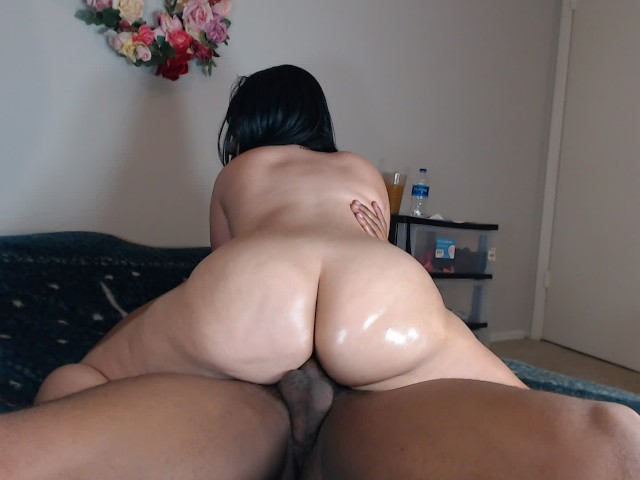 Big Booty Girl Riding Dick