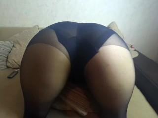 Fucks a Great Big Ass in Pantyhose