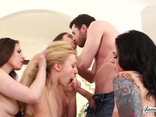 عكس تحول جنسى XXX صور ، متحركة ، ومقاطع فيديو - YouPeg