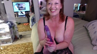 Curvy Cougar DawnSkye in V73, first raceplay vid S*#c dick