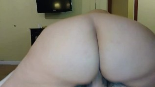 PAWG Daisy D gets...