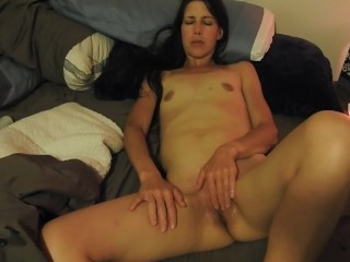 Hot wife fingering to orgasm