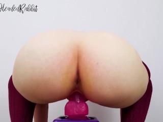 Bouncing my booty hard – TheRedHeadedRabbit