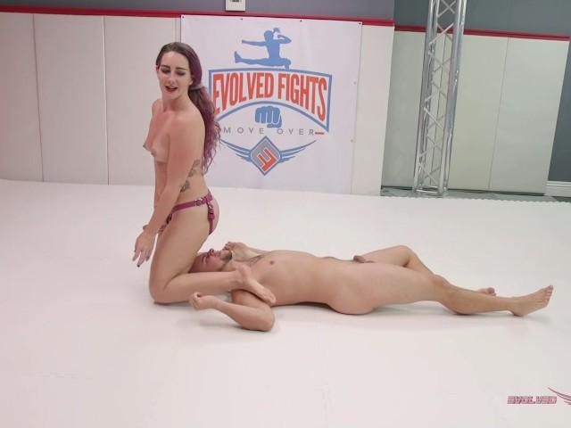 Women Fucking Men Dildo
