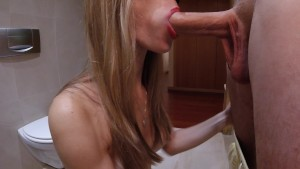 Amateur Intense Blowjob with Cum in Mouth