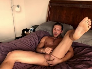 Jackoff/solo male/first video porn jackoff on