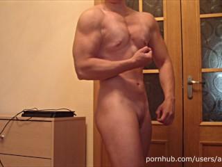 Hard/blonde/bodybuilder posing naked flexing