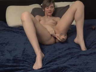 Sexy Teen Milf Uses Toy For Your Entertainment