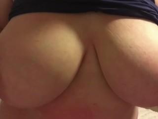Tinder Girl is Stacked! Huge Natural Boobs TitFuck! Big Tits Make Me Moan!!