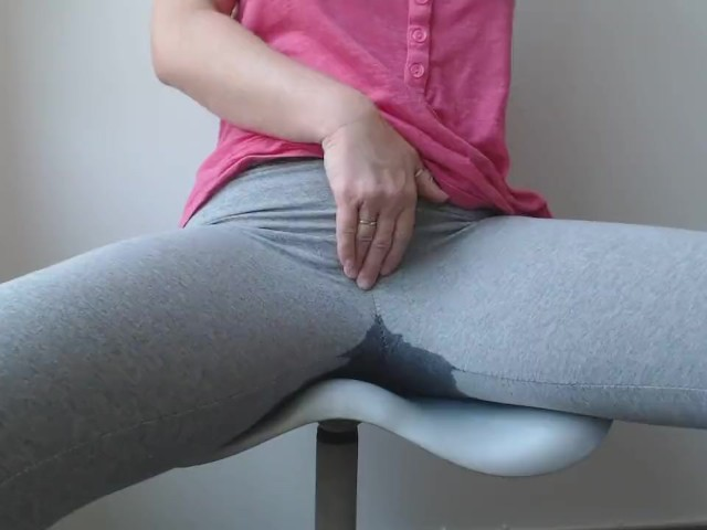 Porn pee pants Drunk pee