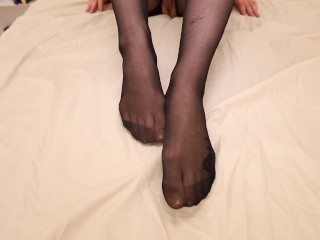 Big Booty Teen Gives the Ultimate Footjob in Nylons