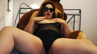 Girl with a very hairy ass fucks herself