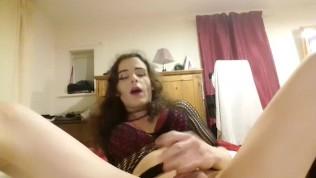 Cute sissy transvestite wanking