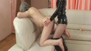 Domina deep fuck me with long strapon