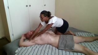 Ebony masseuse paid to give happy ending massage fuck