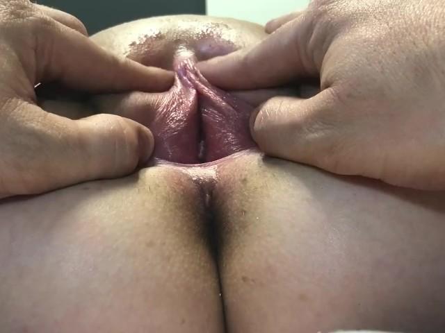 Lesbian Pussy Sucking Close Up