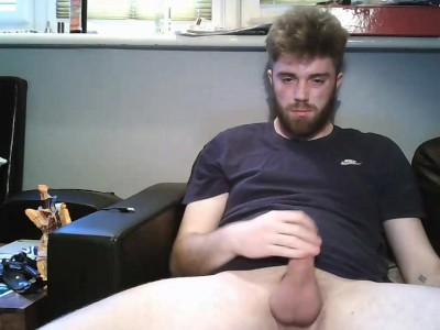Young Teen Boy Wanks On Webcam And Cums on His Beard - MattThom98