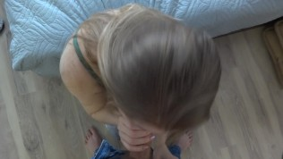 First (フェラ)blowjob of young couple