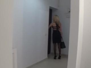 Sexy Mom fucked on toilet , hard blowjob