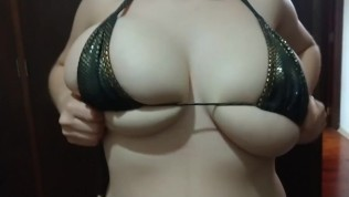 Amazing tease and titty...