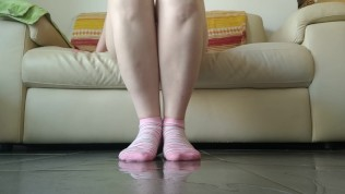 Pissed On Pink Socks: Play With Pee And Messy