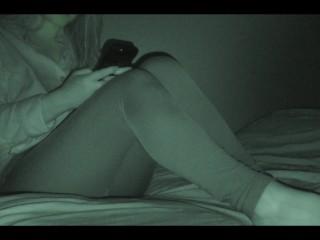 Step sister watch porn and masturbate (Hidden cam)