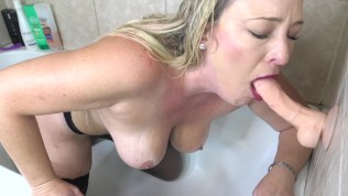 Sister Gives StepBrother Blowjob In The Shower