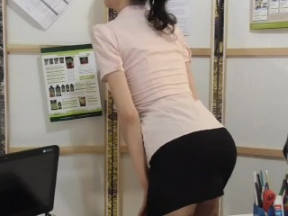 Office Risky Public Blowjob and pussy creampie sex with the horny boss