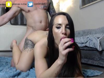 Amature British Couple Jess & Mike Fuck Hard on Cam Ticket Show