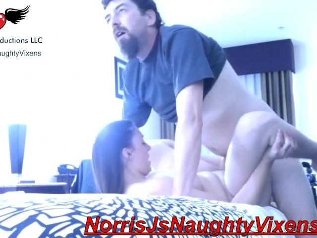 Melanie Hicks & Norris J Have a Quick Suck Before Sex :) - Free ...